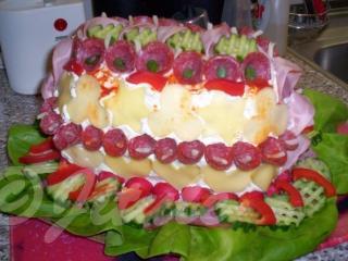 Taky můžete použít na ozdobu vařená vajíčka a cherry rajčátka…fantazii se meze nekladou!!! DOBROU CHUŤ!!!